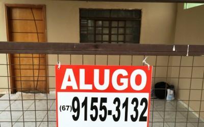 CLASSIFICADOS: Alugo casa no Santos Dumont II