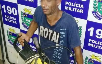 Usuário de drogas é flagrado com máquina de pressão que possivelmente foi furtada