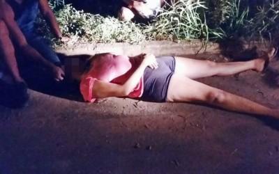 Jovem acha que esta sendo seguida, se assusta e sofre acidente na Avenida Ponta Porã