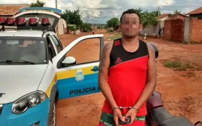 Polícia Militar cumpre mandado de prisão no bairro Jardim das Violetas