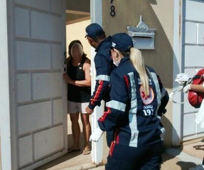 Mulher fica ferida depois de cair de escada no Santos Dumont