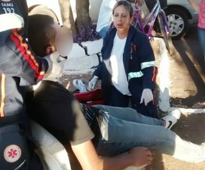 Carro colide com moto deixa jovem ferido no Vila Nova