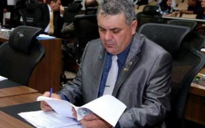 Guerreiro diz que escândalo dos marmitex pode afetar aproximação com PMDB