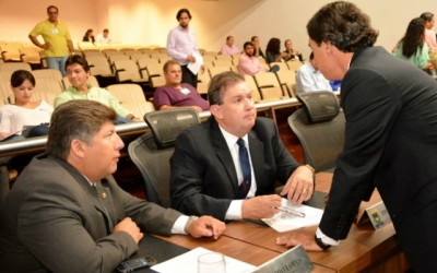 Eduardo Rocha pede reforma para escolas estaduais de Cassilândia