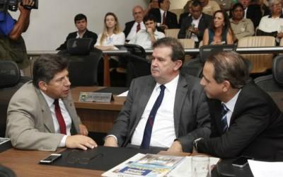 Deputado Eduardo Rocha ajuda a aprovar projeto em benefício dos agentes de saúde