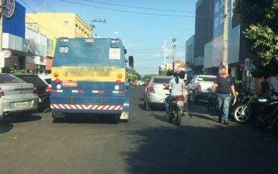 Carros-fortes atrapalham o trânsito, mas têm amparo legal