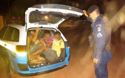 """ALI e Rádio Patrulha prendem quatro pessoas na """"Boca de Fumo do Lobinho"""""""