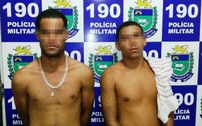 Vigia de barracão e cunhado são presos em flagrante por tráfico de drogas