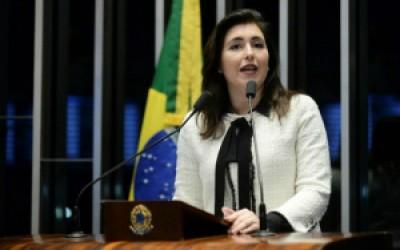 Simone Tebet pergunta o que a presidente faria para alterar atual quadro do País, caso retorne ao cargo