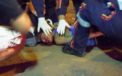 Jovem fica gravemente ferida em acidente entre carro e moto em Três Lagoas