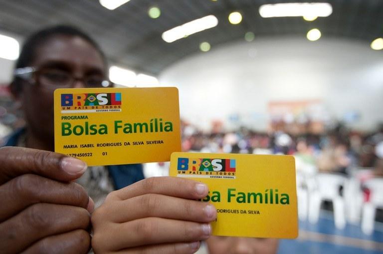 Caí número de famílias beneficiadas pelo Bolsa Família em MS