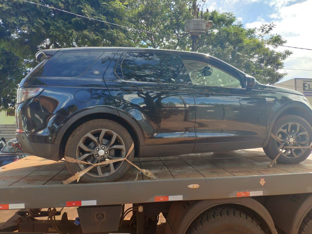 Land Rover Discovery carregado com mais de duzentos quilos de droga foi apreendido pelo DOF