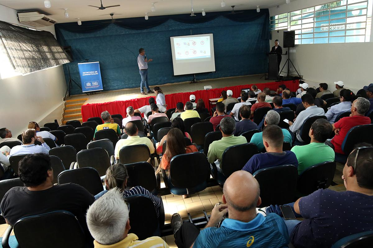 Motoristas da Prefeitura de Três Lagoas participam da 2ª Semana de Conscientização no Trânsito