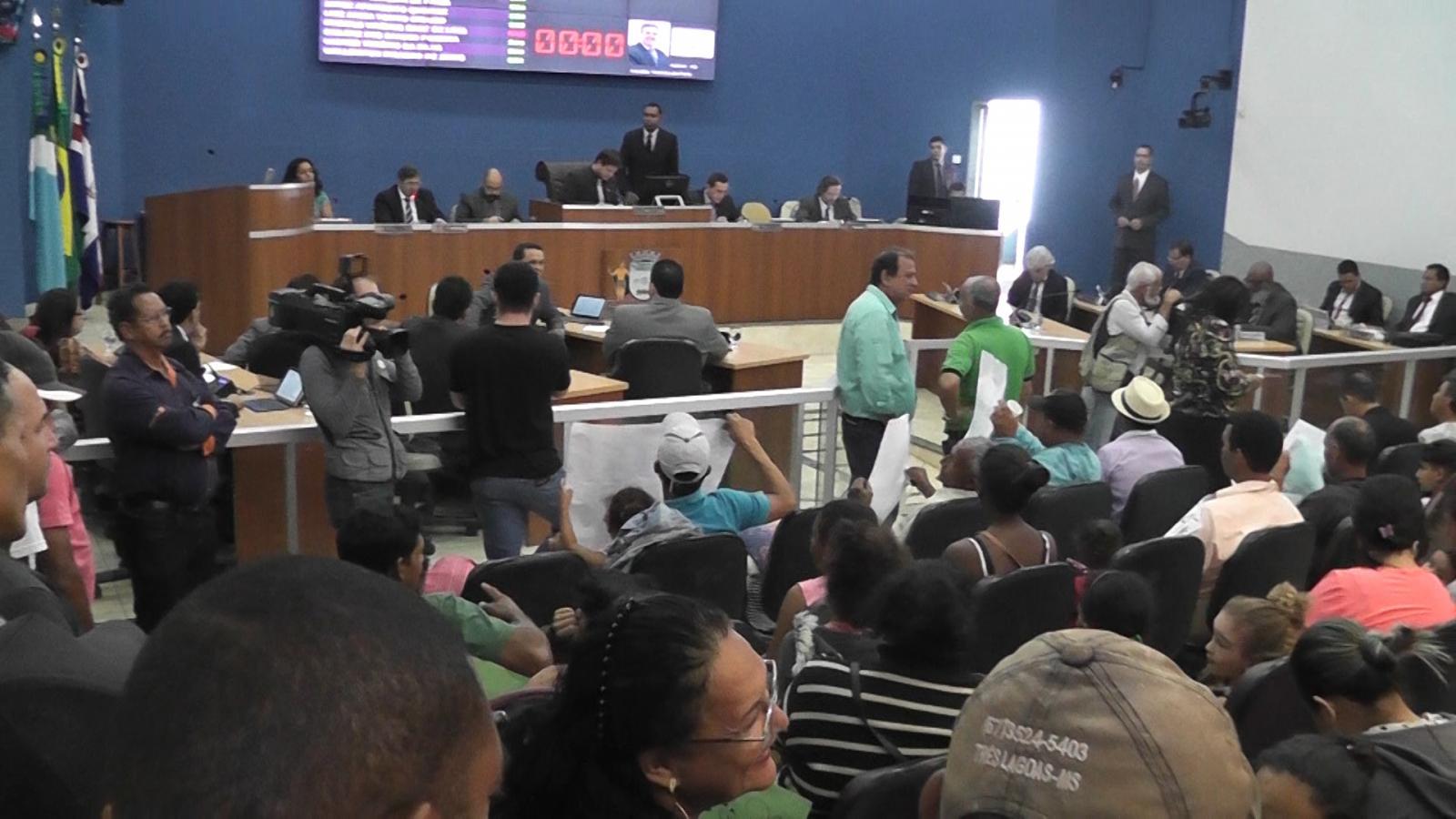 Assentados fazem reivindicações na Câmara Municipal de Três Lagoas