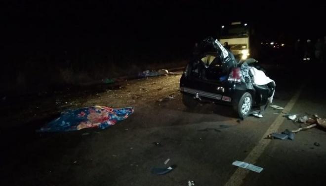 Universitárias morrem em acidente em rodovia de MS minutos depois de entregarem o TCC