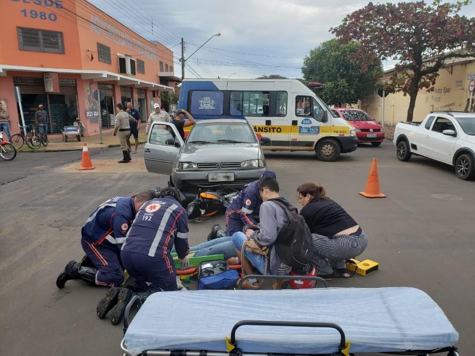 Acidente no Centro de Três Lagoas deixa mãe e filho feridos na tarde desta terça-feira