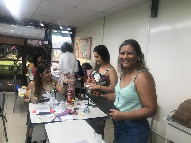 Professora de Três Lagoas representa o Estado em curso de Educação Precoce no Rio de Janeiro