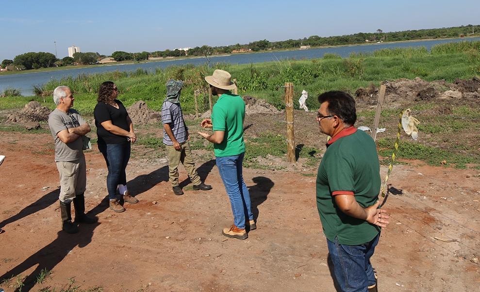 Visita técnica dá início ao processo de plantio de árvores nativas na Segunda Lagoa