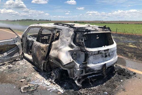 Fracasso: bandidos tentaram explodir carro-forte em MS, mas fugiram de mãos abanando