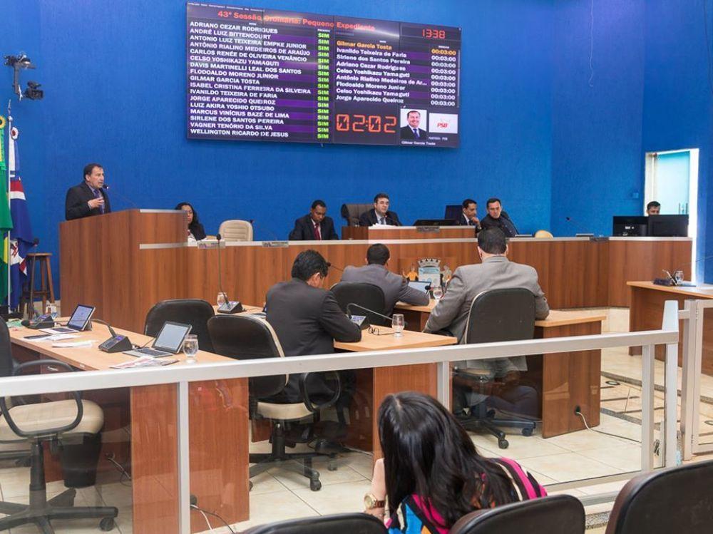 A partir de 5 de março, vereadores podem trocar de partido sem risco de perder mandato