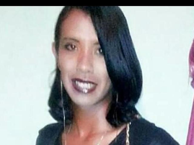 Travesti tenta correr, mas é morta a facadas em lanchonete