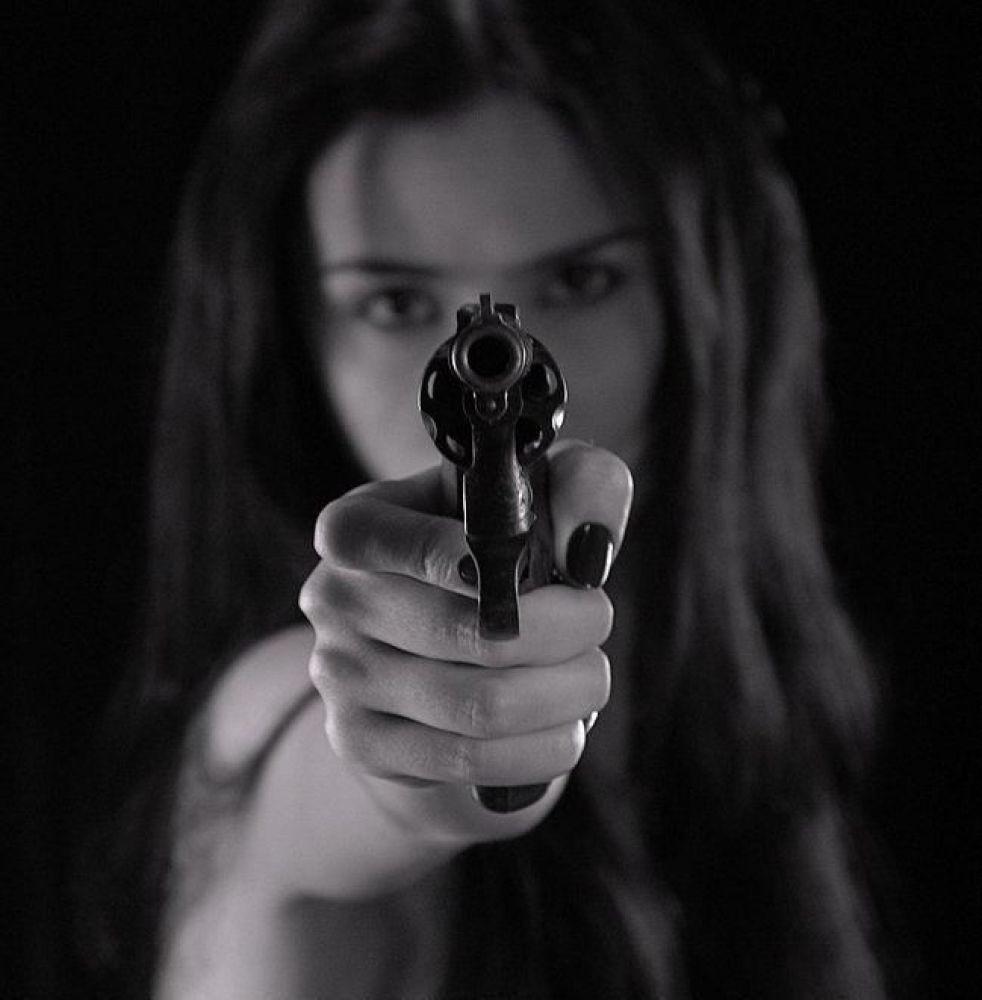 Mulheres sob medida protetiva poderão ter porte de arma de fogo