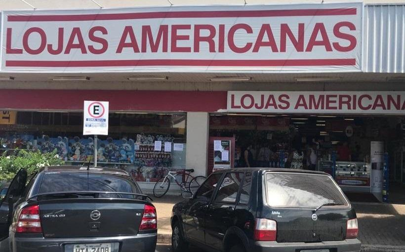 Ao contrário do comércio de Três Lagoas, Lojas Americanas continua aberta