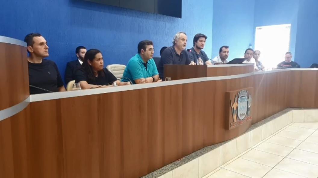 Devido a pandemia, Câmara Municipal vai repassar R$ 1 milhão à prefeitura e 5 mil pares de luvas descartáveis para o Hospital Auxiliadora