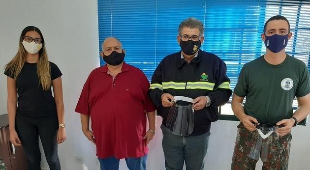 Polícia Militar Ambiental de Três Lagoas recebe doação de protetores faciais
