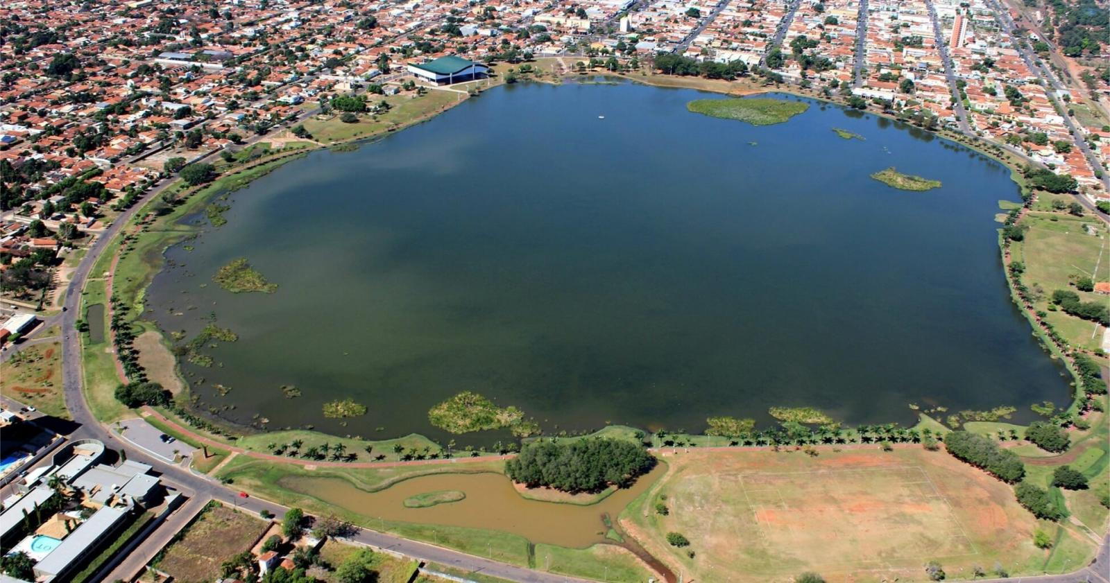Com risco extremo na pandemia, Três Lagoas ganha bandeira cinza e pode ter que fechar