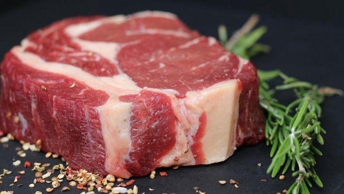 População reduziu consumo de carne em 67% e o de pão francês em 47%