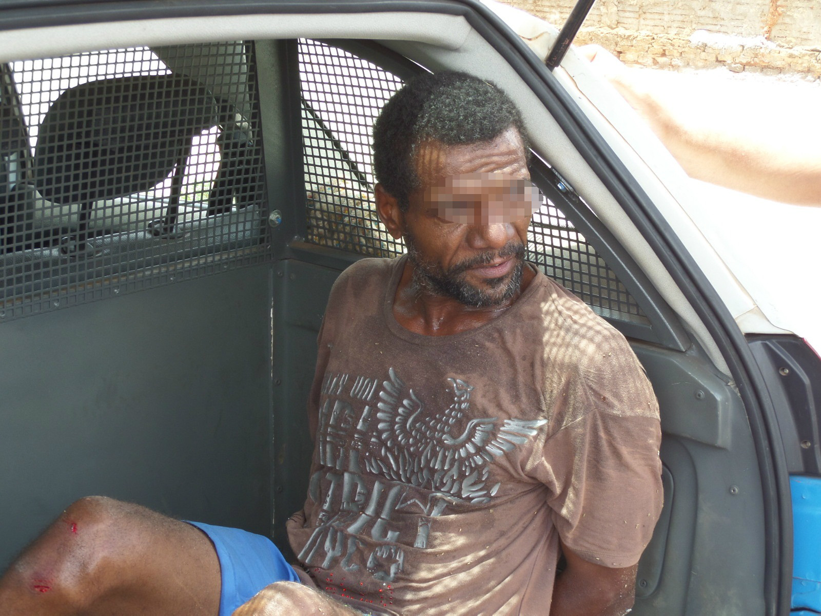 Policial à paisana prende ladrão que furtou supermercado no Santo André