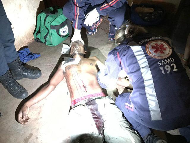 Mulher tenta matar marido a facadas no Paranapungá